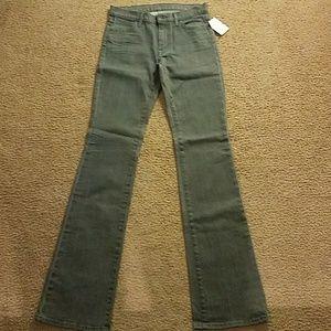 Womens nwt koral stretch denim jeans size 4.